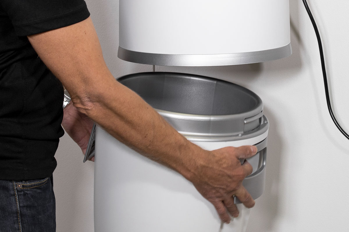 allaway-easy-to-use-dust-bin
